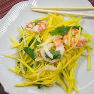 Vietnamese Green Mango and Shrimp Salad