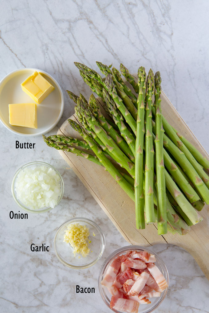 Ingredients for skillet asparagus with bacon
