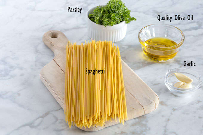olive oil and garlic spaghetti